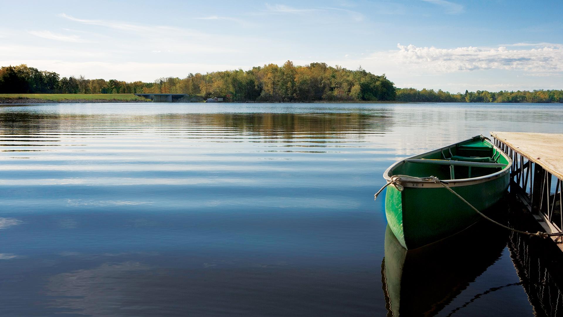 200-acre Lake Windward
