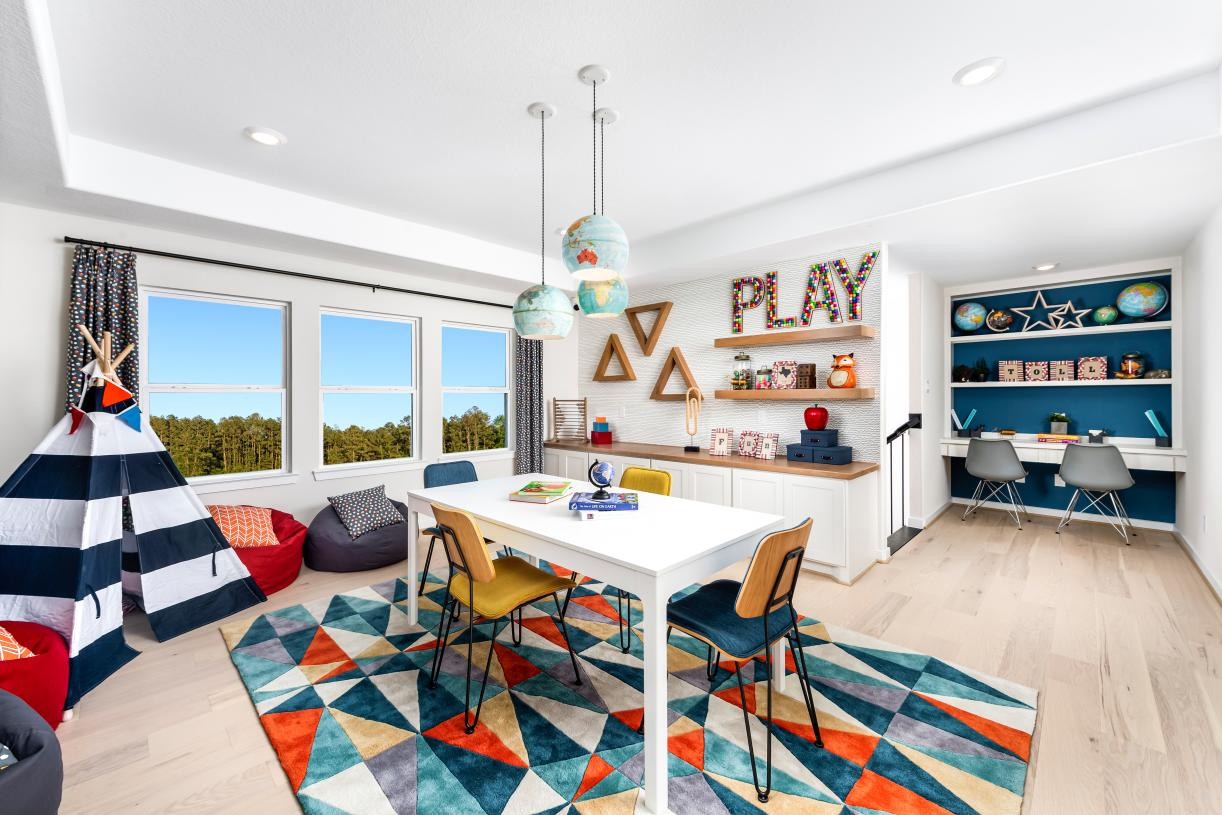 Desirable flex room for lifestyle needs
