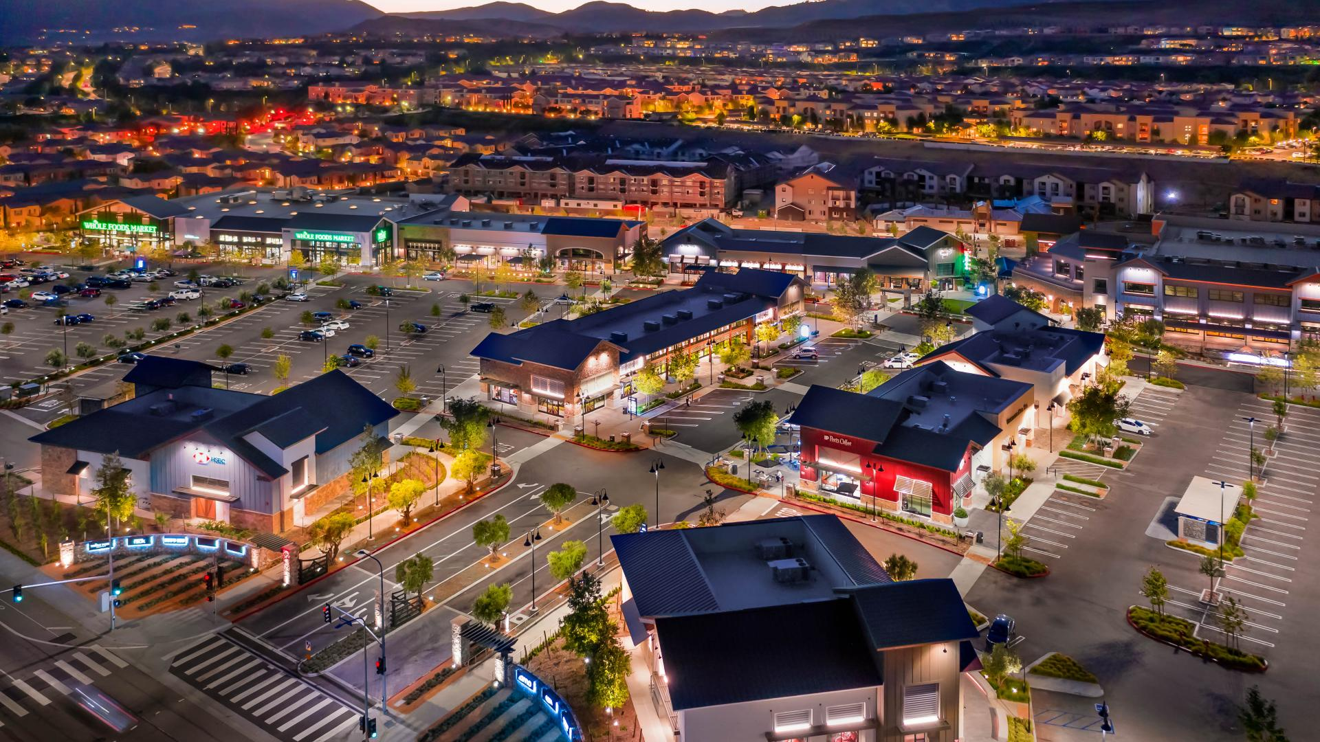 Brand new Porter Ranch shopping center