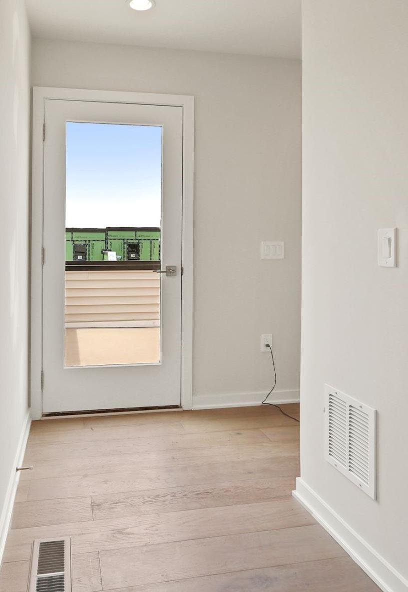 Rooftop terrace entryway