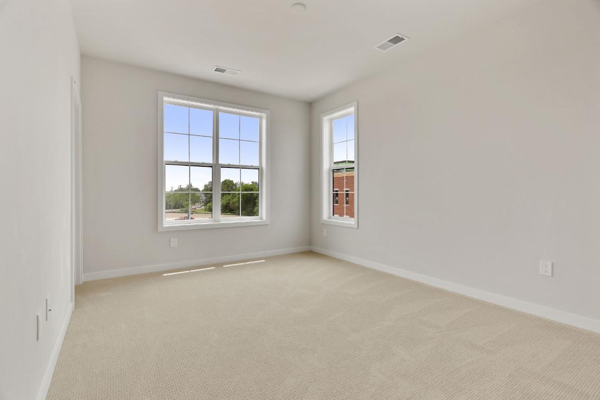 Secondary bedroom suite