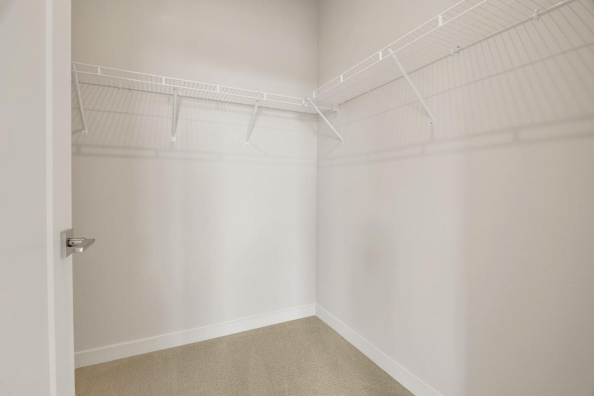 Secondary bedroom walk-in closet