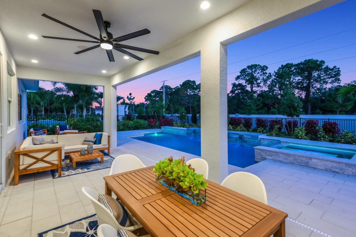 Expanded lanais perfect for enjoying the spectacular Florida weather