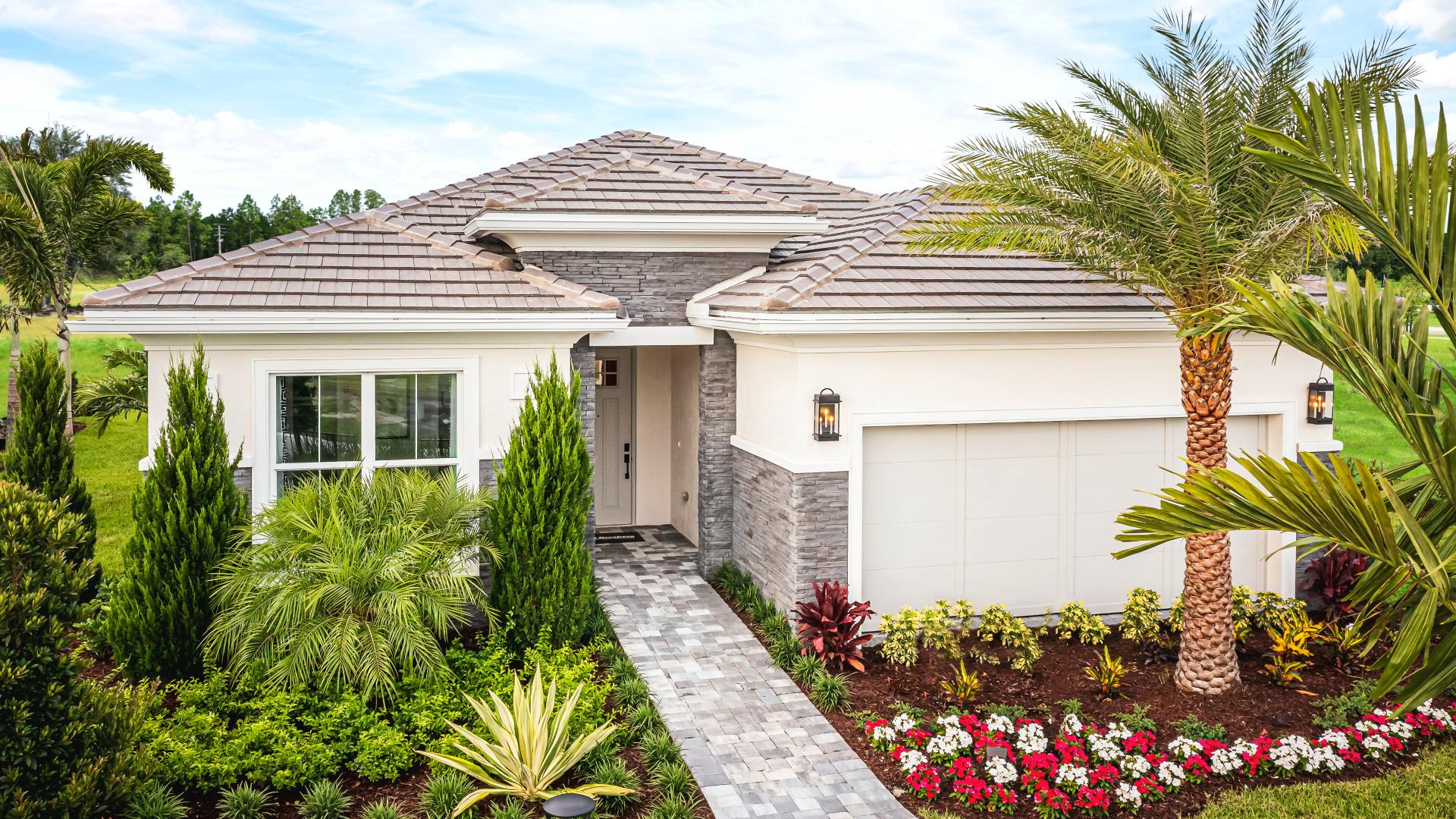 Spacious one-story home designs