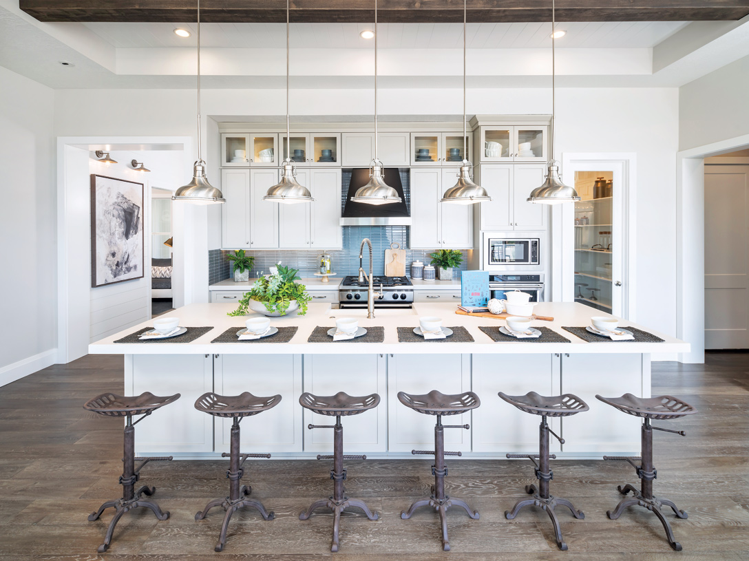 Beautiful kitchens with ample countertop and cabinet space with a large center island