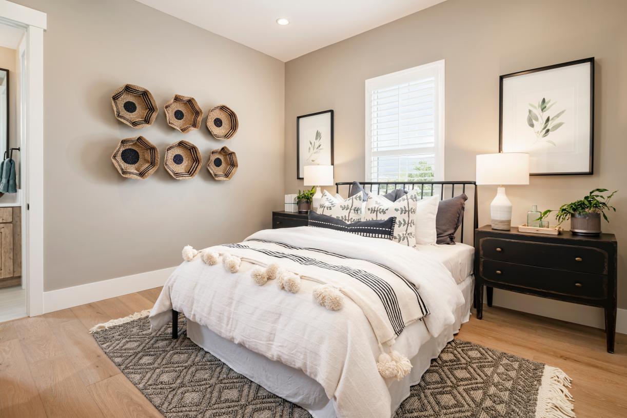 Spacious first-floor bedroom suite with en-suite bathroom