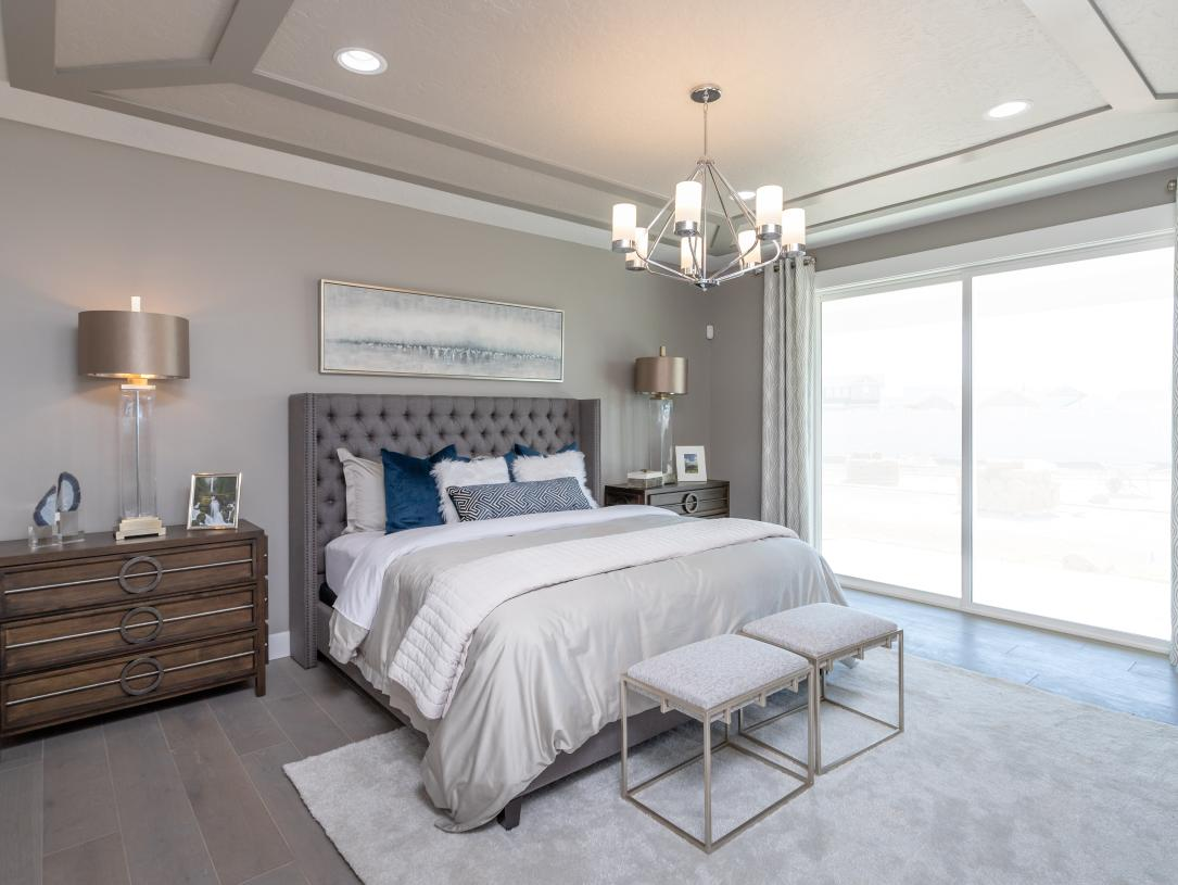 Peaceful and relaxing primary suites