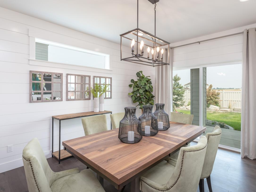 Casual dining areas