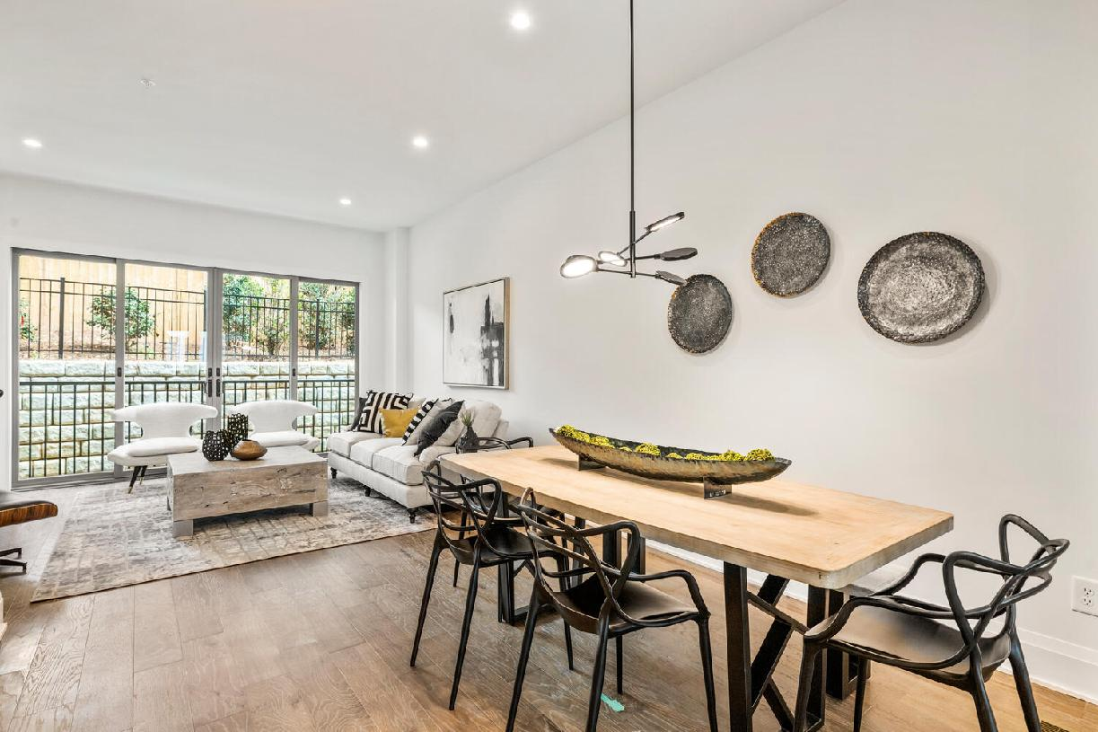Casual dining opens to living room