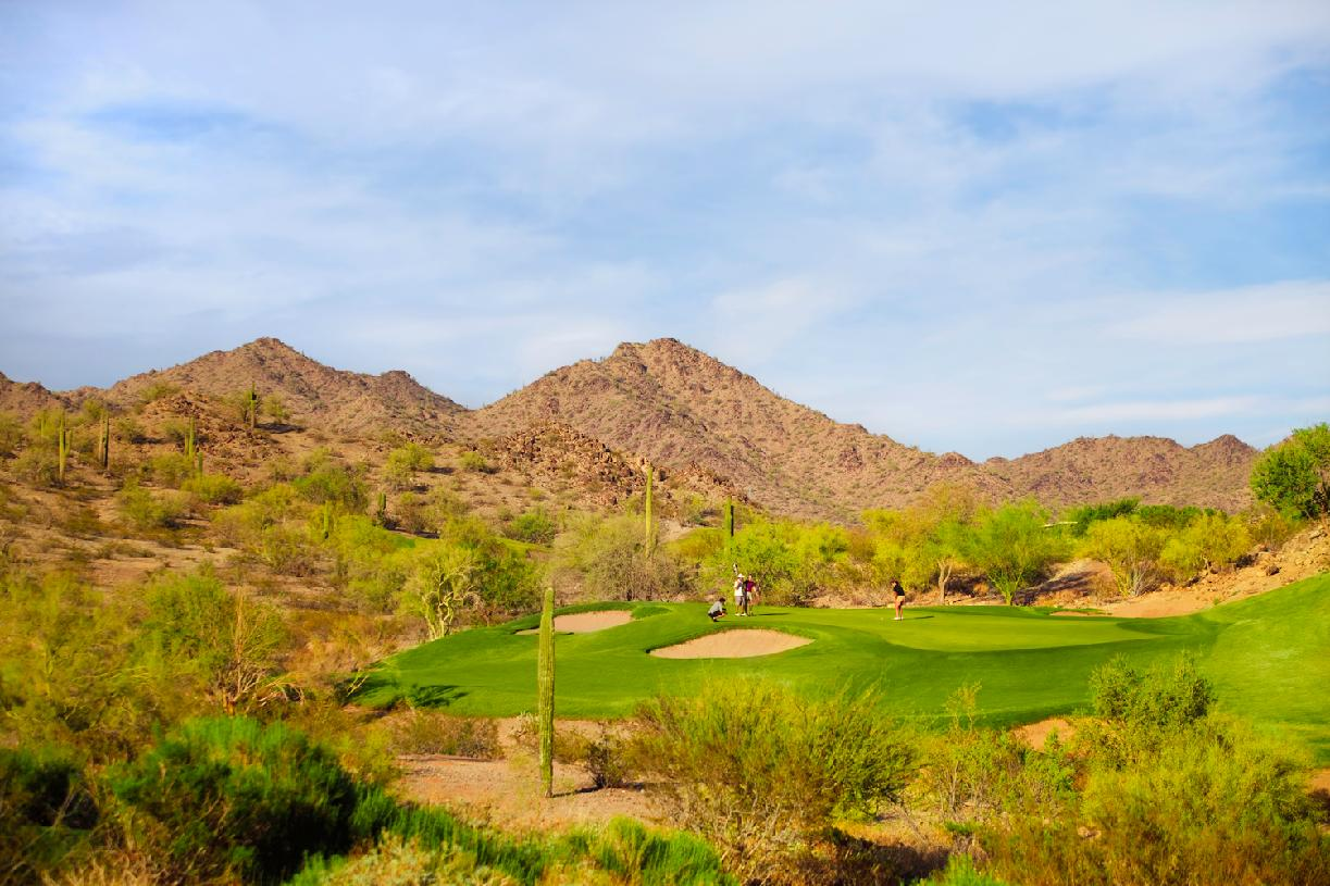 Play a round of golf at the 18-hole Nicklaus Design championship course