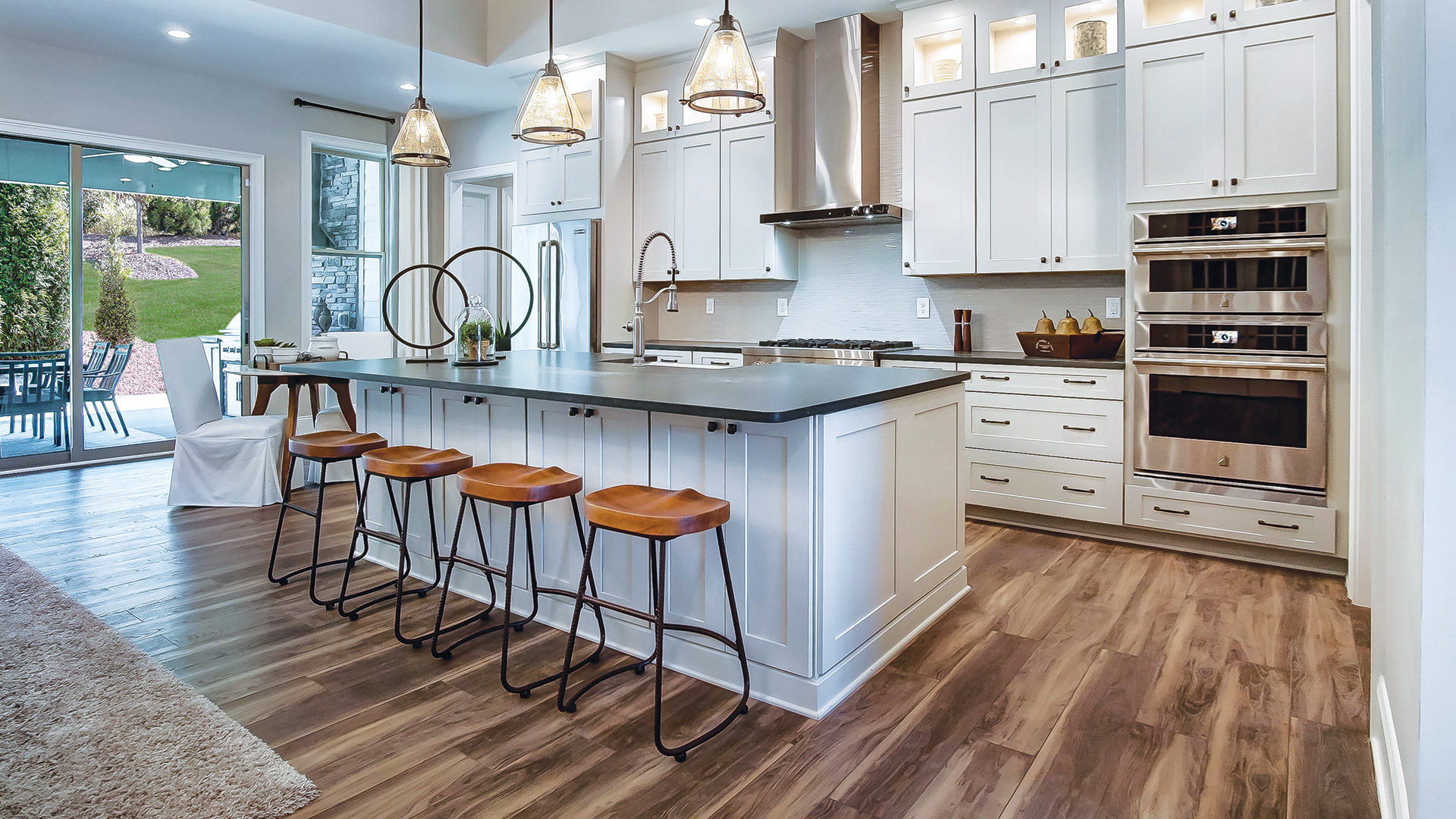 Entertain family and friends in your dream kitchen