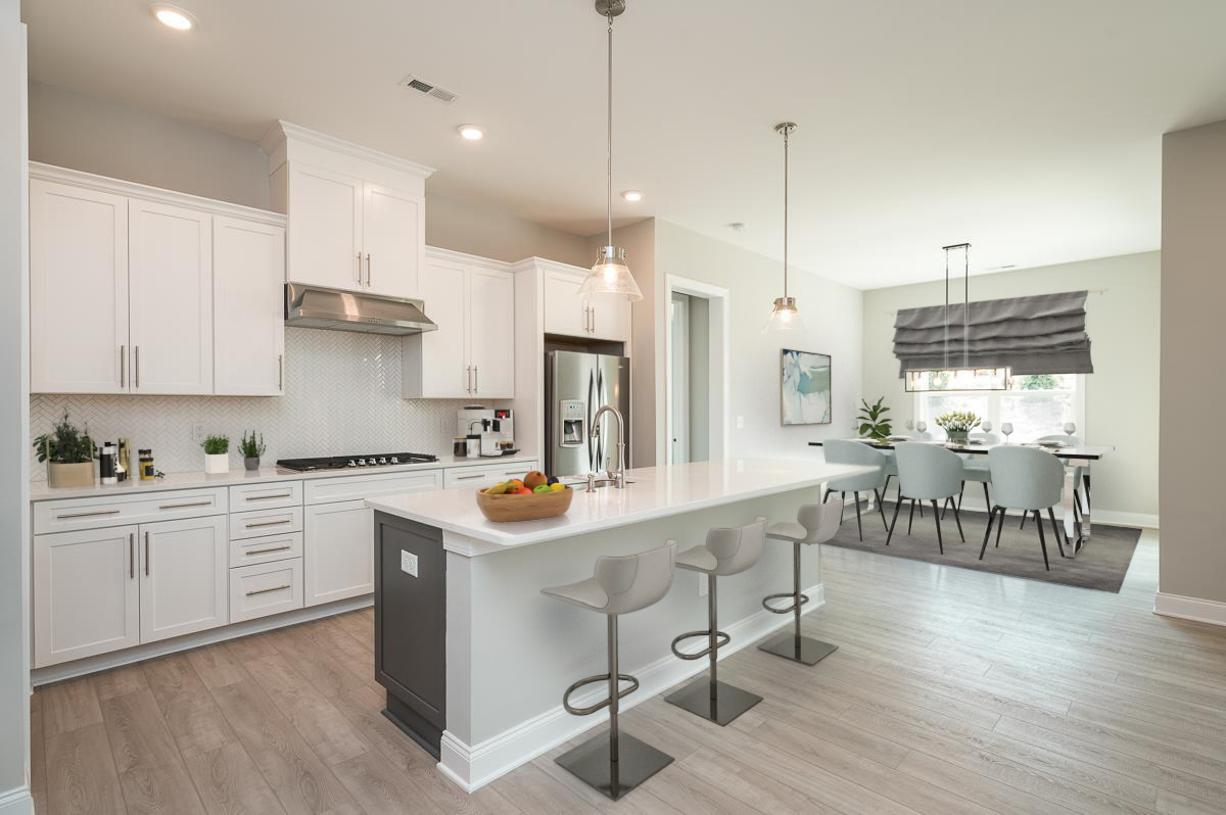 Full gourmet kitchen with large center island