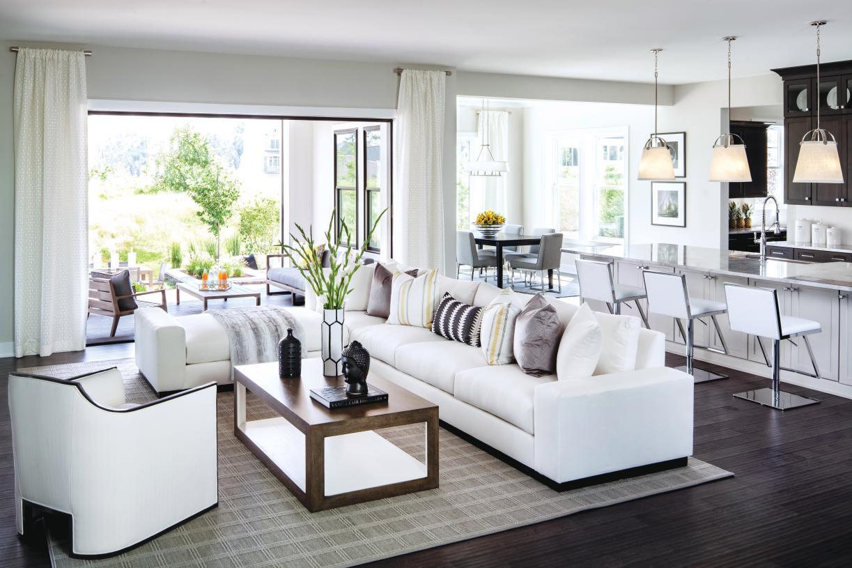 Seamless indoor/outdoor luxury living
