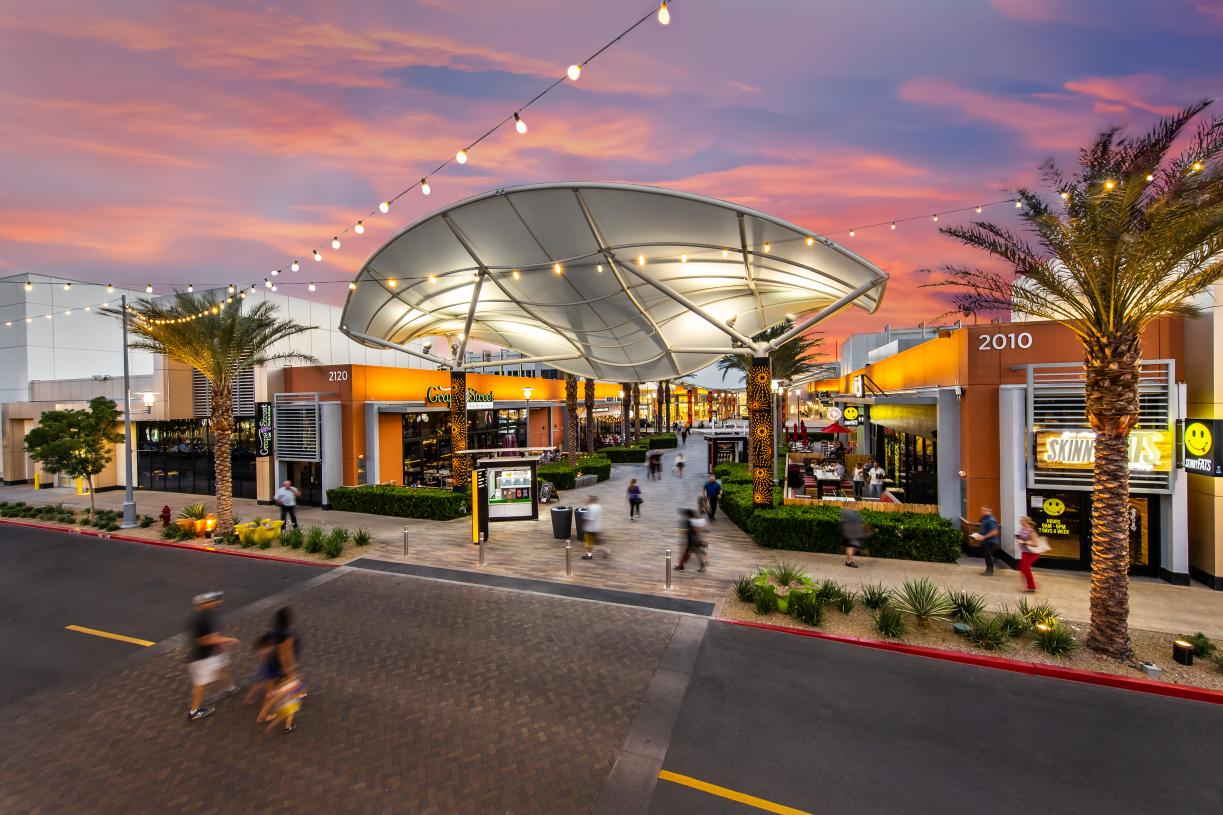 Find great dining and shopping at Downtown Summerlin
