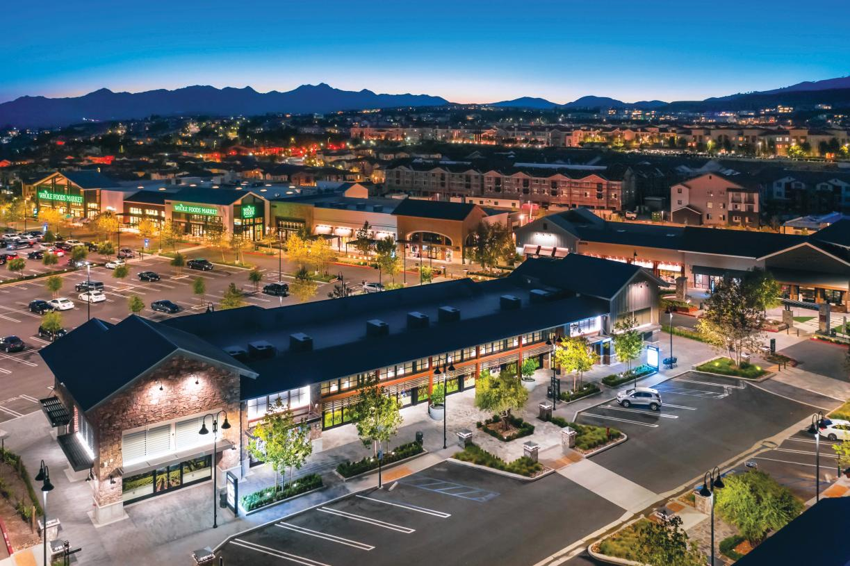 Shopping and dining opportunities at the Porter Ranch shopping center