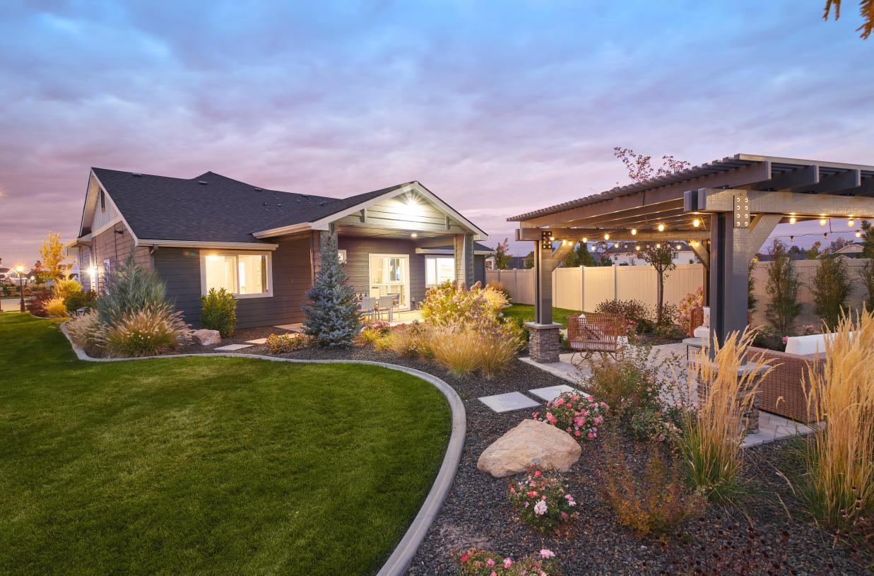 Discover flexible choices for indoor/outdoor living