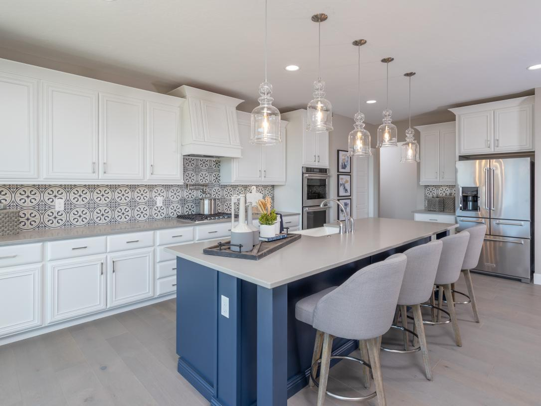 Kitchen islands and stainless steel appliances