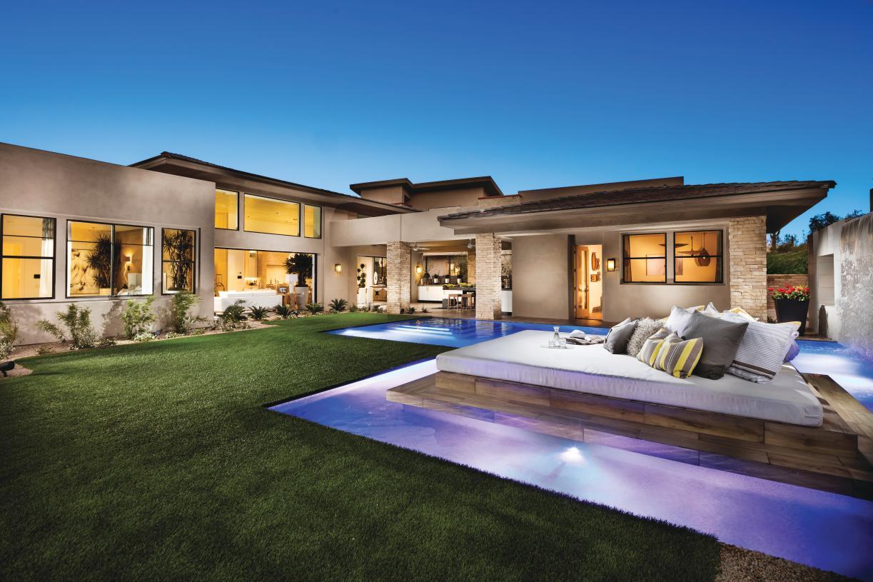 Serene desert backdrop provides ideal setting for indoor-outdoor living