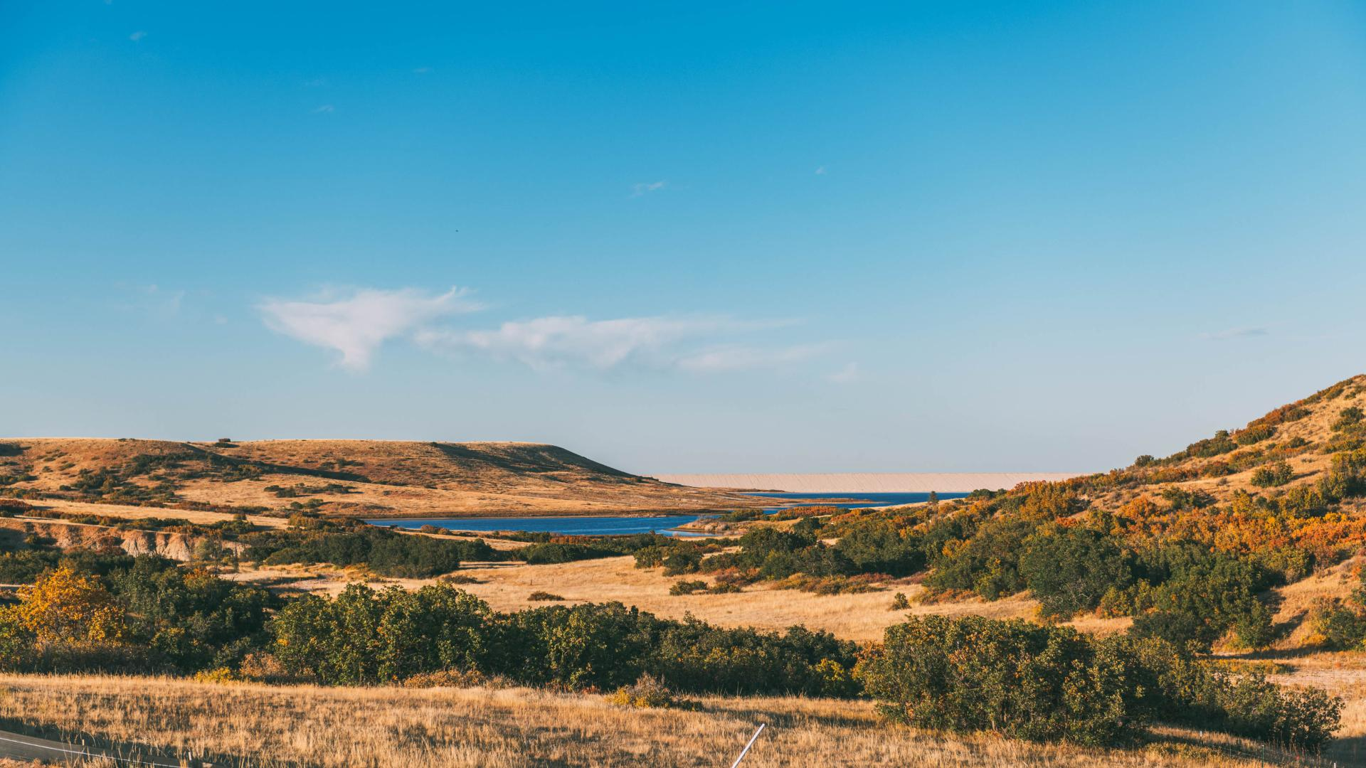 Toll Brothers at The Canyons has views of the Reuter-Hess Reservoir