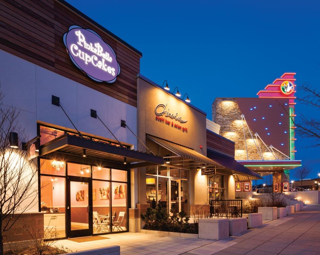 Nearby Grand Ridge Plaza at Issaquah Highlands provides numerous dining and entertainment options