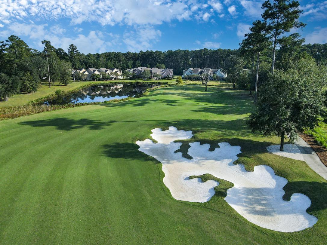 Enjoy the exceptional golf course and amenities