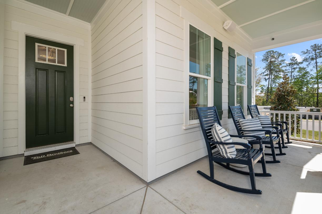 Front covered porches for outdoor living and entertaining