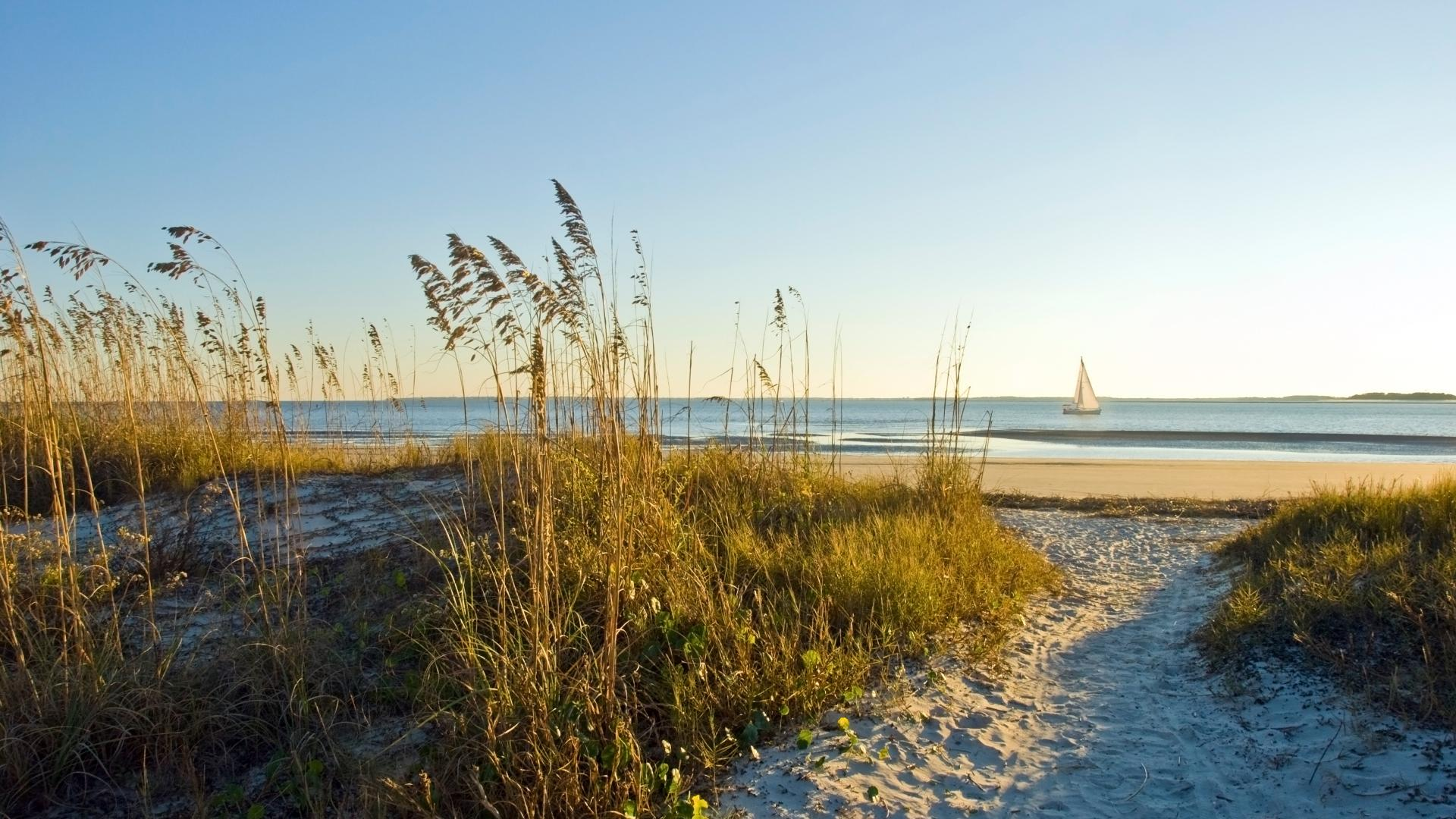 Short distance to Hilton Head beaches for relaxation