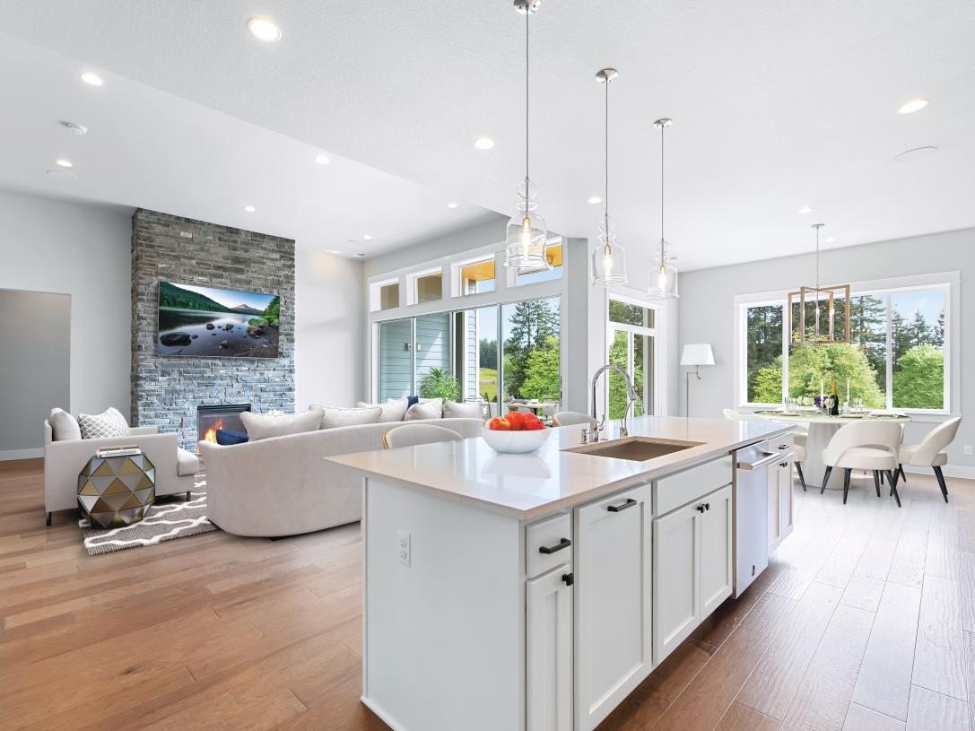 Bright, open floor plans with plenty of windows and tall ceilings