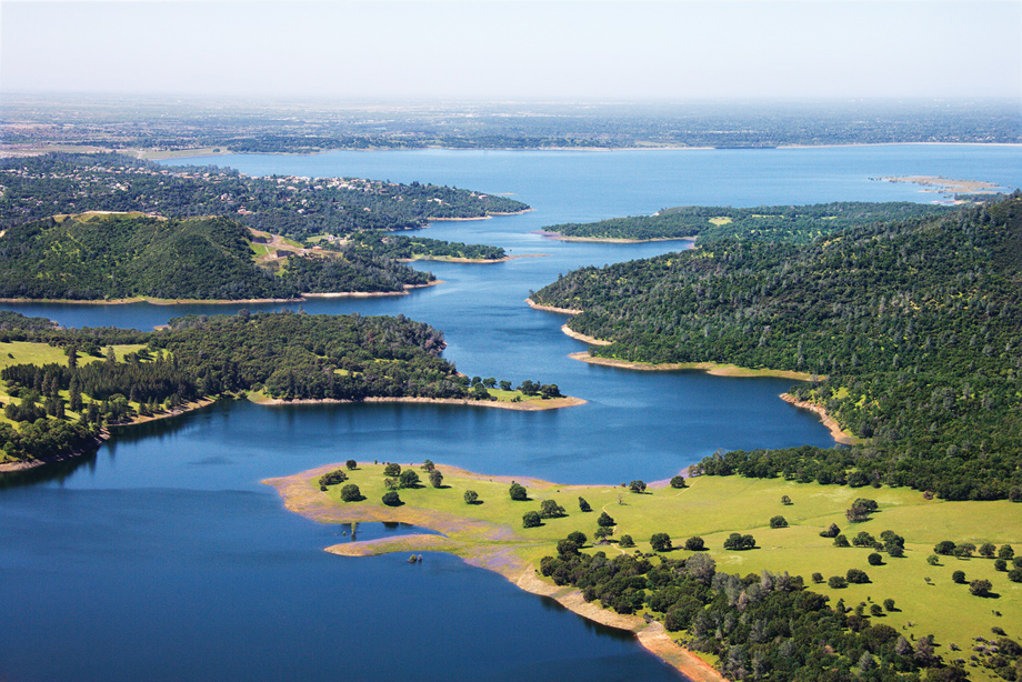El dorado hills ca new homes for sale villa lago at the for Lake natoma fishing