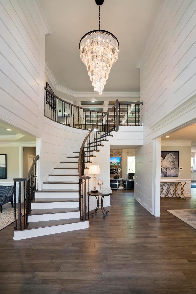 Foyer with optional curved staircase