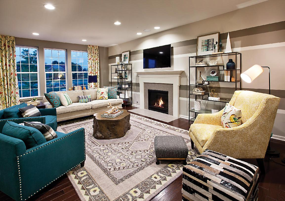 Great room with alternate kitchen/dining layout