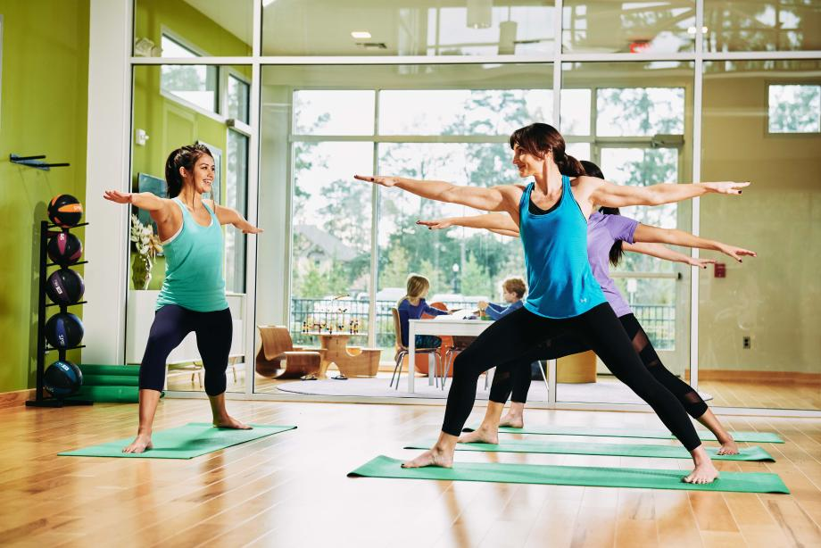 Stay fit and meet neighbors at Woodson's Club