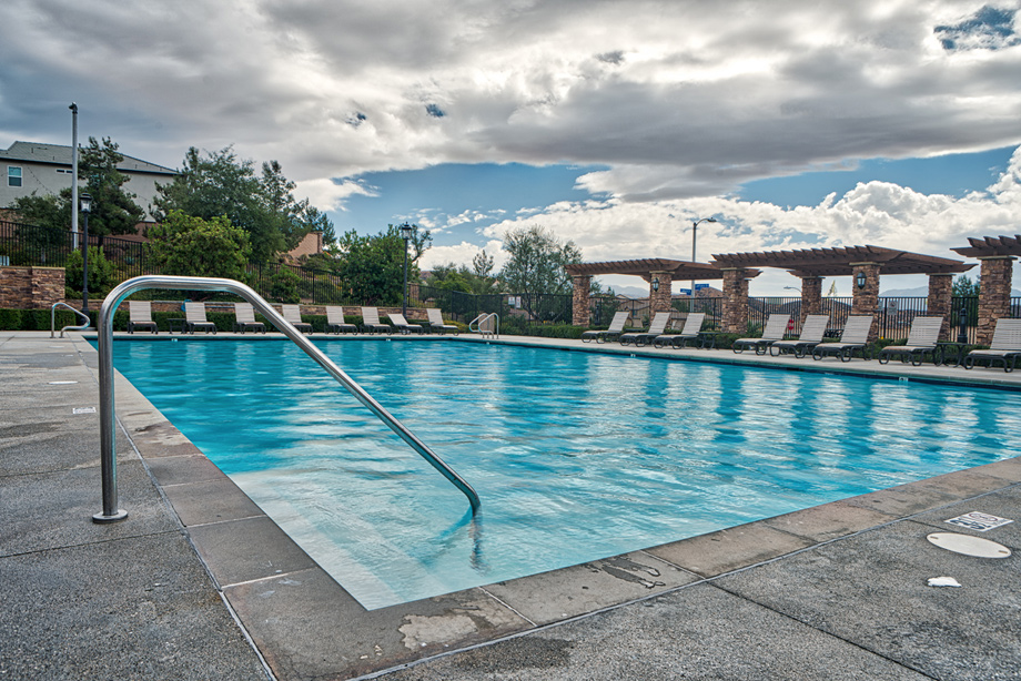 Large pool with chairs