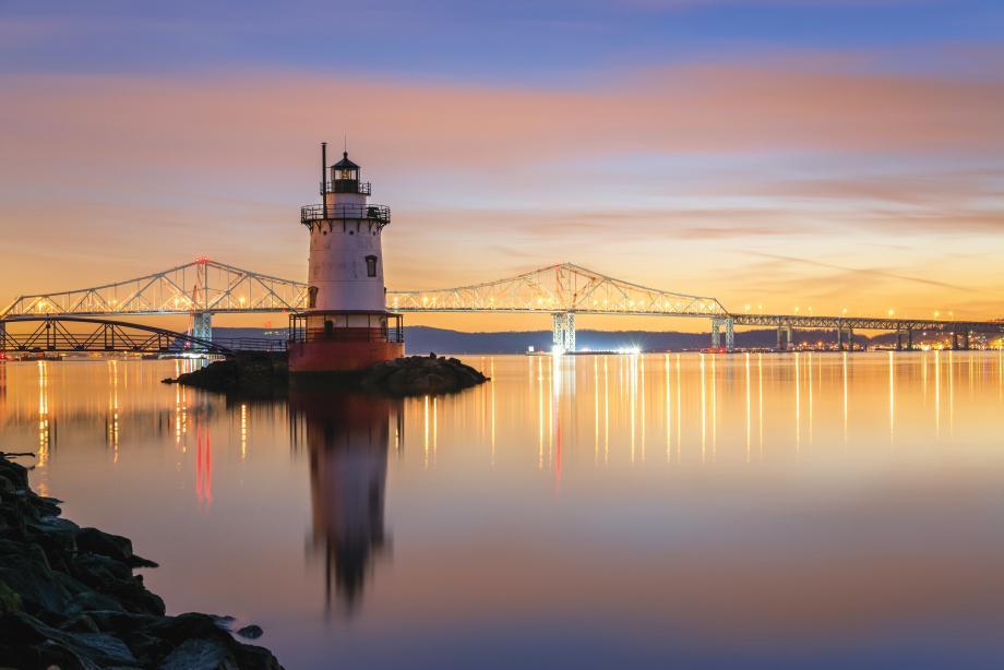 Views of the Governor Mario M. Cuomo (Tappan Zee) Bridge