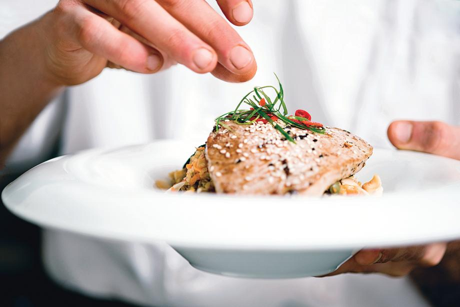 Explore dining and entertainment options in Castle Rock, Parker, and Lone Tree