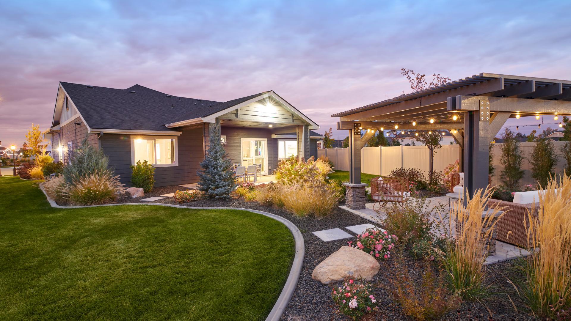 Elliot backyard - Garden Collection