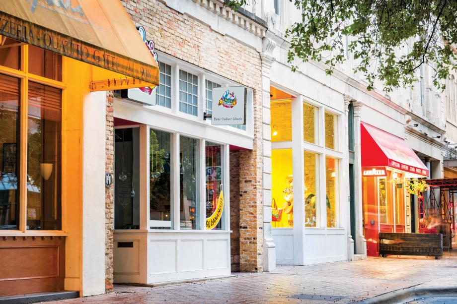 Ideally located 26 miles from Savannah, GA for shopping and dining