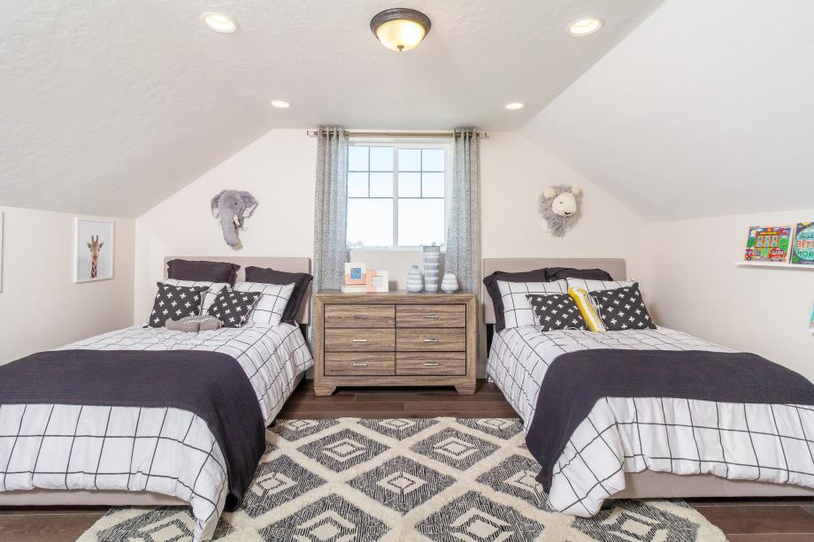 Optional flex room spaces