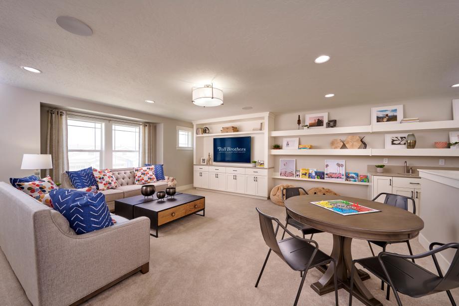 Huge second floor flex spaces and lofts