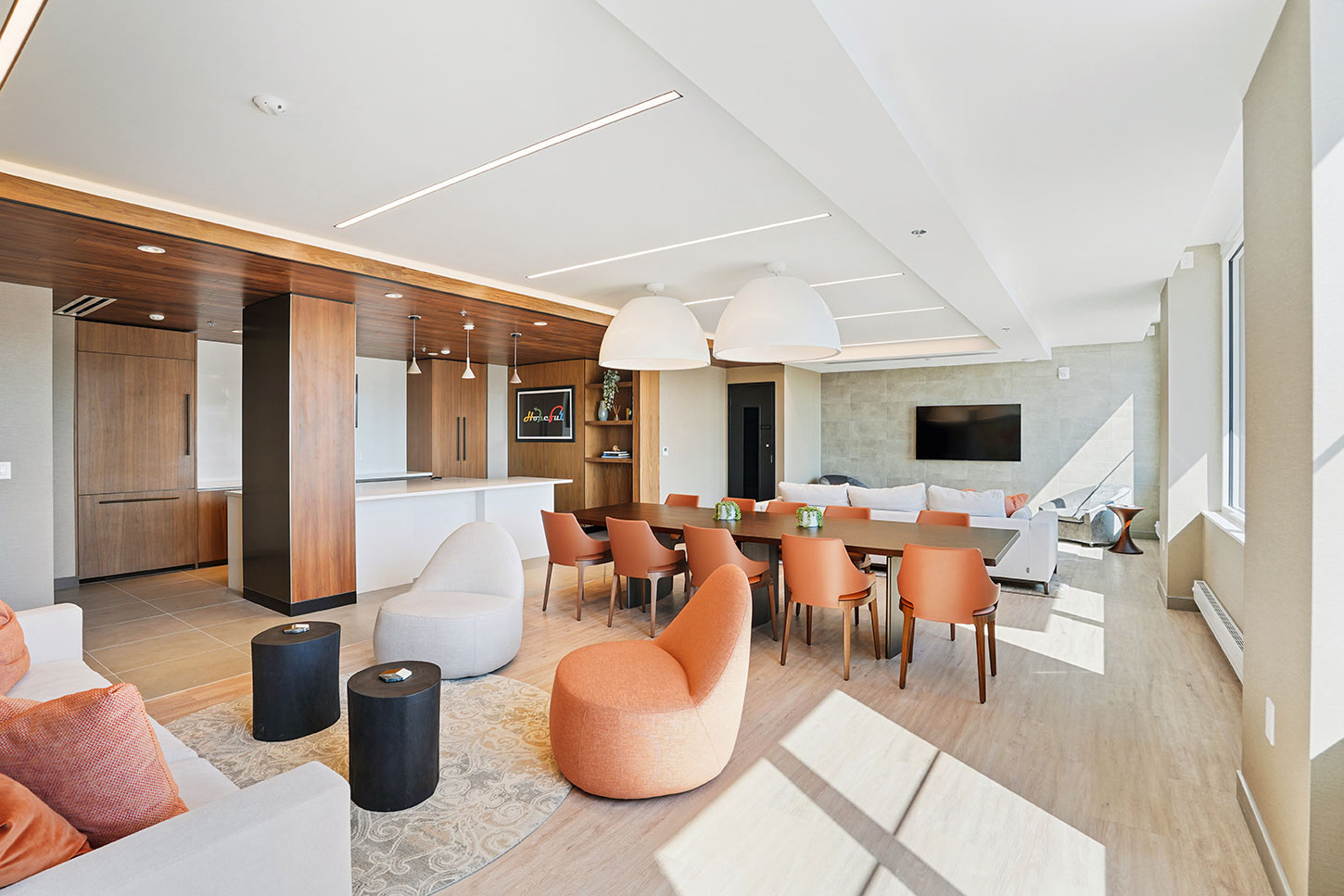 lounge at 1000 Maxwell Place
