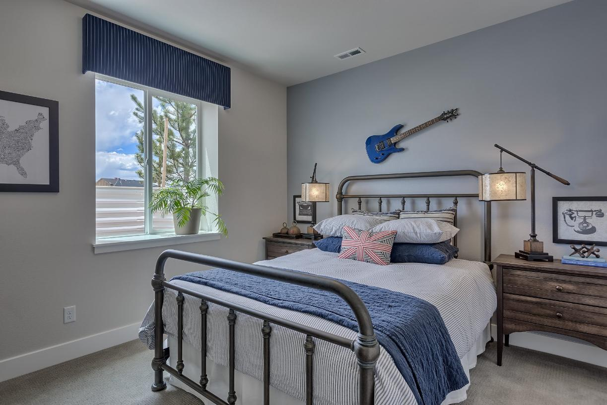 Each person has an escape with two additional bedrooms in the lower level