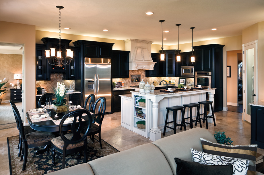 Terracina at flower mound the bellwynn home design for Model home kitchens