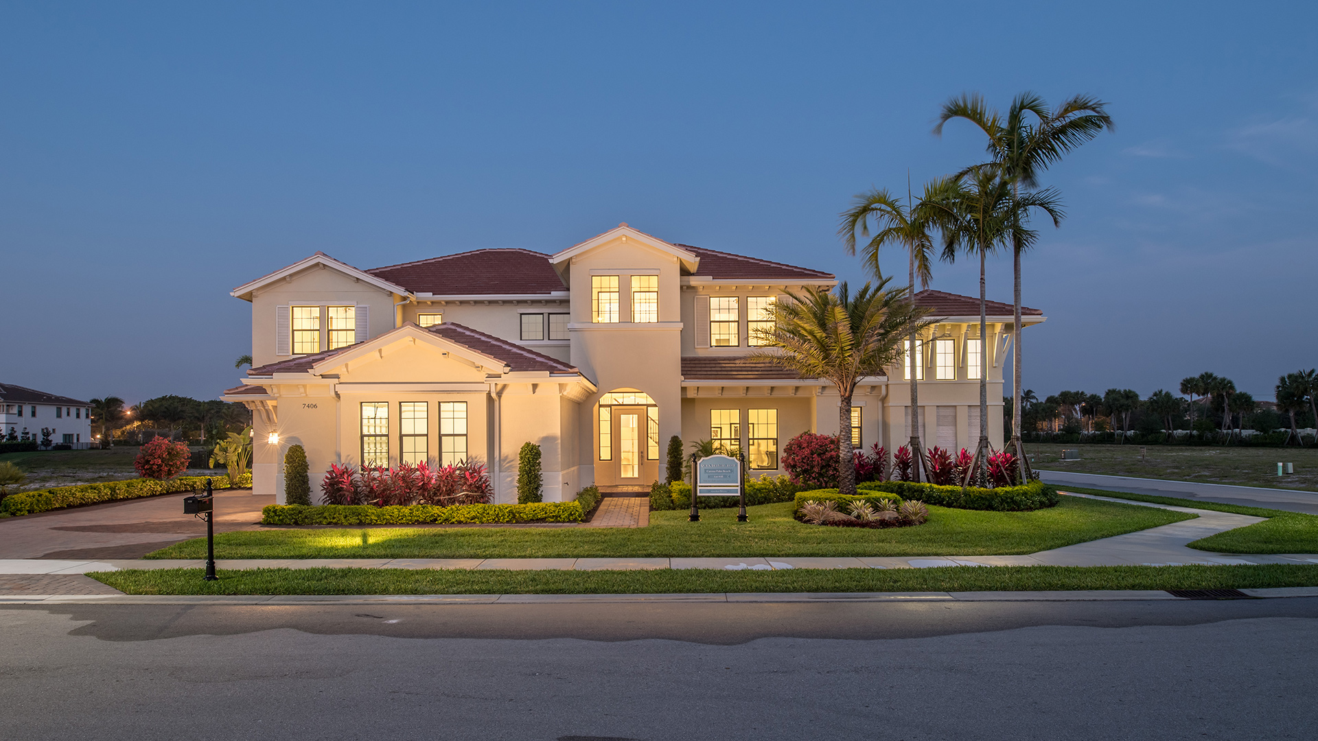 Royal palm polo signature collection quick delivery home for Palm beach home collection