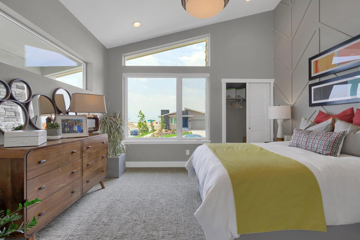 Convenient main level bedroom for guests with separate hall bathroom