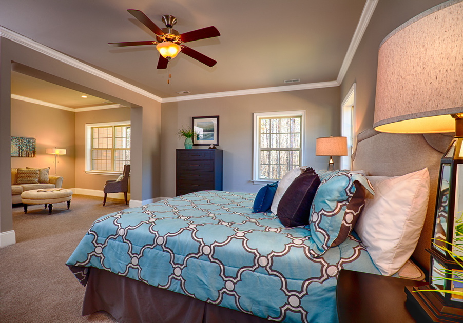 how to decorate a small bedroom on a budget hasentree executive collection the duncan home design 21324