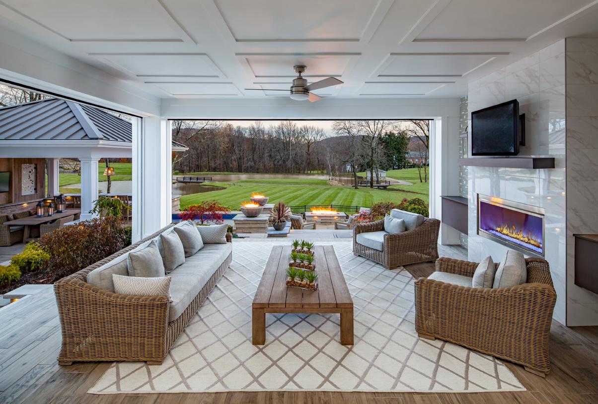 The best of indoor/outdoor living on the east coast
