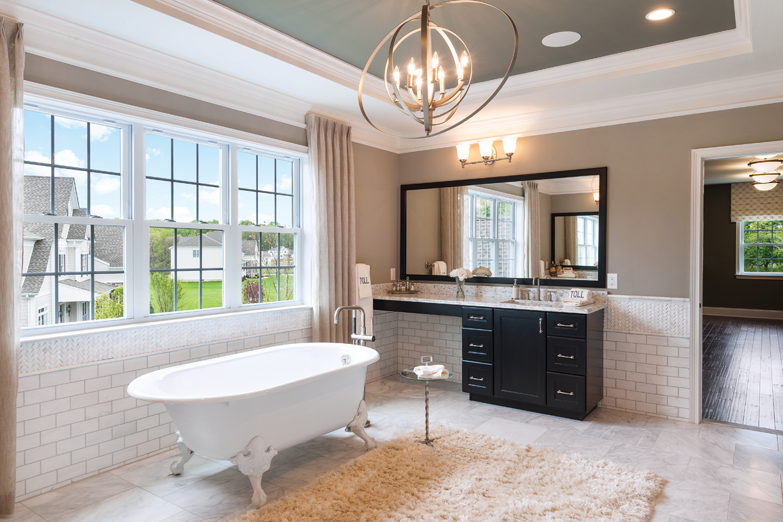 Primary bath – alternate view