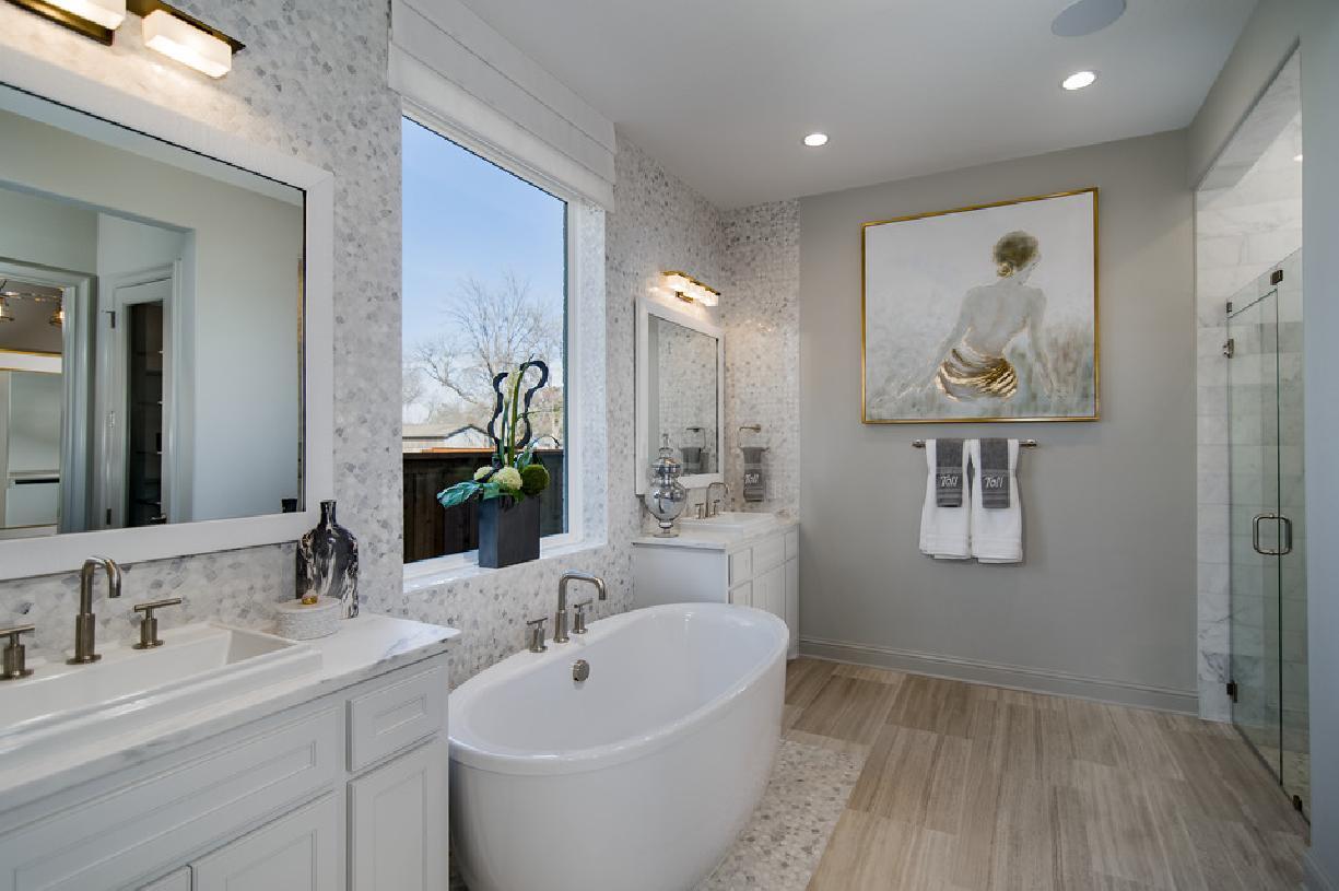 Resort-style primary bath