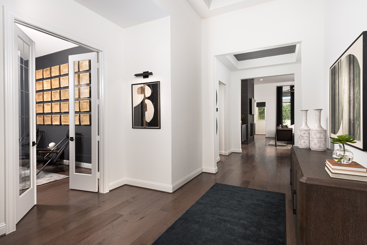 Loralai entryway