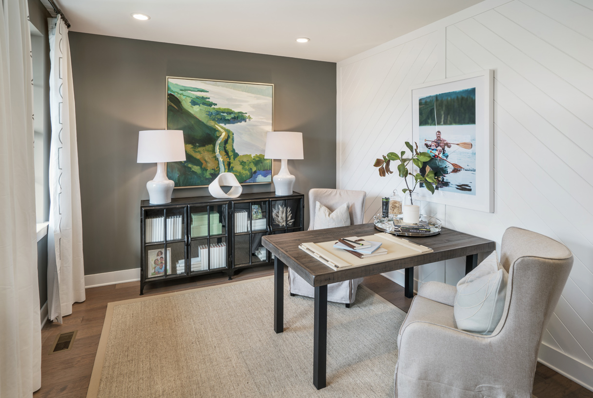 Versatile flex space, perfect for a home office